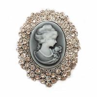 königin kommt großhandel-Dame Vintage Victorian Design Cameo Hochzeit Party Queen Bronze Brosche Pin