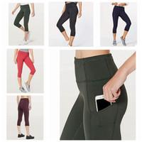 çalışan spor kadınları giymek toptan satış-Kadınlar yoga kıyafetleri bayanlar spor capri tozluk yaz kısa pantolon egzersiz spor giyim kız marka koşu tayt zza238
