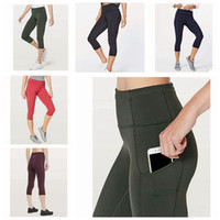 Wholesale yoga pant outfits resale online - Women Yoga Outfits Ladies Sports Capri Leggings Summer Short Pants Exercise Fitness Wear Girls Brand Running Leggings ZZA238