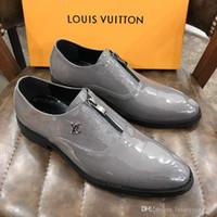 ingrosso scarpe scarpe da uomo-2019 Uomini scarpe da lavoro di marca Materiale pelle bovina Moda uomo affari abito mocassini scarpe nere a punta Oxford scarpe da sposa formali traspirante
