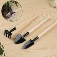 mini bahçe takım setleri toptan satış-3pcs / set Mini Kepçe Rake Set Taşınabilir Bahçe Aracı Çiçek Saksı için metal Başkanı Kürek Tırmık Spade'le Kulp Ahşap CCA11485-A 100set