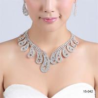 conjuntos de collar artificial al por mayor-2020 pendientes del collar nupcial de la perla elegante del diamante artificial plateado plata joyería de accesorios baratos para el vestido de noche 15042
