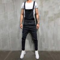 overalls skinny jeans für männer großhandel-2019 mode mann jeans kurze schwarz blau männer overalls slim strap einstellen strampler casual große tasche denim overalls mode jean overall