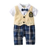 gelbe baby-fliege großhandel-Kinderbekleidung, Baby, Kinderoverall, Strampler, Jungenfliege, Gentleman, gelber, gefälschter zweiteiliger Anzug