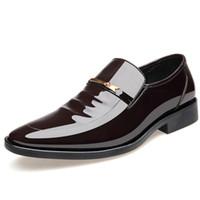 sapatas da altura dos homens s venda por atacado-Sapatos Masculinos Apontados Absorção de Suor Moda Casual Sólida Confortável Versátil Sapatos Quentes Plana Altura do Salto Abril 20