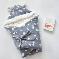mantas de bebé caliente invierno al por mayor-Plaza del bebé recién nacido de empañar Wrap 80 * 80cm de impresión algodón caliente manta de invierno con capucha gruesa bebé Blanekt