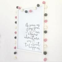 melhor sentida venda por atacado-Bolas de feltro de lã DIY 2 cm Handmade Kids Room Decor Wall Hanging Nursery Pom Pom Guirlanda Melhores presentes para ornamento do quarto de crianças