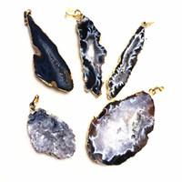 achat druzy gold anhänger großhandel-Natürliche Geode Achat Druzy Anhänger, Quarz Druzy Achat Geode Slice Anhänger Gold Plated Edges SD08