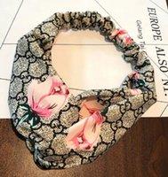 turbante de yoga al por mayor-Charm Cartas de flores de diseño elástico hairband Cruces Diseño Turbante Headwear para las mujeres Yoga Accesorios Turban