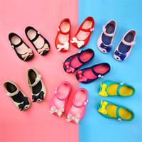 sandálias bonitas para meninas venda por atacado-Crianças Meninas Mini Melissa Sandálias Crianças Bonito Unicórnio Dos Desenhos Animados Geléia Rainbow Brethable Buracos Sapatos de Verão Pricess Vestido de Praia Sandálias