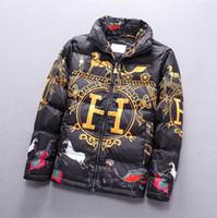 veste d'hiver de mode asiatique achat en gros de-2019 New Winter Mens Designer Vestes Lettre Imprimer Épais Chaud Hommes Col Montant Casual Manteau Zipper Mode Down Jacket Asiatique Taille M-3XL