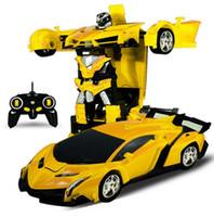 robô motor rc venda por atacado-Atacado RC Car Driving Transform 2 em 1 Carros Esportivos dirigir Transformação Robôs Modelos Controle Remoto Carro para Presente Das Crianças