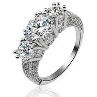 mariage en saphir blanc achat en gros de-Vente chaude ! 5pcs / lots bijoux de femmes classiques cadeau de fiançailles bague de mariage en argent 925 saphir blanc mode