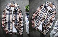 abrigo de moda de jersey al por mayor-Chaqueta de diseñador 2019 Marea de moda Chaqueta para hombre Abrigo Cartas Impreso Sudadera con capucha de lujo para hombre Jersey casual Abrigo deportivo Ropa cortavientos al aire libre