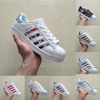 Wholesale one star shoes resale online - 2019 one Originals Superstar White Hologram Iridescent Junior Superstars s Pride Sneakers Super Star Women Men Sport Casual Shoes