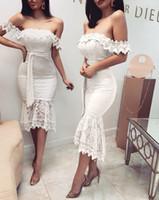 mini túnicas de encaje sexy al por mayor-Encantador mini vestidos de fiesta cortos de encaje blanco de las mujeres fromal prom dress sexy sirena ver a través de vestidos de cóctel superior robe de