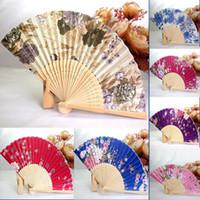 ingrosso ventilatori di mano di ballo giapponesi-2017 decorazioni di festival che vendono caldo 1PC giapponese Cherry Blossom che piega la mano che balla il fan della decorazione della festa nuziale che dropshipping