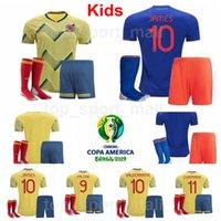 conjuntos de futebol azul venda por atacado-Colômbia Juventude MURIEL Jersey Sock Set 2019 Copa América Crianças JAMES FALCAO CUADRADO URIBE MINA Amarelo Azul Camisa De Futebol Kits Uniforme