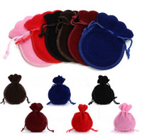 Wholesale 7 cm x12cm Velvet jewelry bag Christmas wedding gift bag color jewelry packing Display bag pouch favor Storage bags dc481