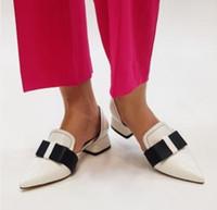 Tacones de diseño Mujer Lujo 2019 Punta estrecha Tacones con pezuña Nudo de lazo Clásico Retro Punta estrecha Zapatos bajos Tallas grandes 35 43