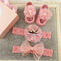 calcetines de bebé cajas al por mayor-Súper Cute Baby Girls Headbands Set Beautiful Newborn Headwear + Calcetines Caja de regalo Set Creative Baby Gift