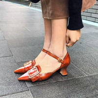 ingrosso scarpe marrone gladiatore-Luxury Gold Brown Silver Sandali donna in pelle nera a punta quadrata Buckle Gladiators New Designers Womens Shoes 2019