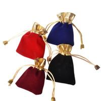 bolso azul con cuentas al por mayor-7 * 9 cm Velvet Beaded Drawstring Pouches 4Colors 50PCS / LOT Joyería Empaquetado Bolsas de regalo de bodas de Navidad Negro Rojo Azul Vino Rojo DHL GRATIS