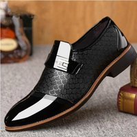 Wholesale wedding dress black low price for sale - Group buy 2019 Low Price Formal Shoes Men Loafers Italian Wedding Shoes Men Dress Italian Leather Oxford For