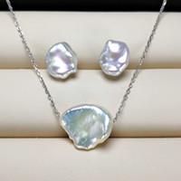 silber perlen halskette ohrringe gesetzt großhandel-Natürliche Barock Perle Ohrringe Halskette Set Silber Perle Ohrringe für Frauen Barock Perle Ohrringe Exquisite Schmuck Hochzeit Handgemachtes Geschenk