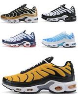 streetwear sneakers großhandel-Top 2019 Männer Tn Trainer Designer Sport-laufende Schuhe Streetwear Training Turnschuhe Trainer sportlich beste Sportschuhe für Männer Herren Stiefel