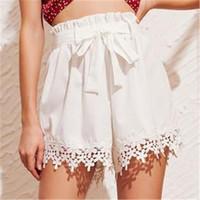 пляжные брюки оптовых-New Fashion Women Lace Shorts Floral Bandage Shorts Casual Beach Ladies Mini Pants Clothing Women Pantaloncini Da Donna