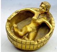pulsera desnuda al por mayor-Antigua estatua de cenicero de belleza hecha a mano de latón de China