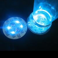 bouteille à fond rond achat en gros de-Quatre couleurs LED lumière bouteille autocollant étanche sous-verres ronds empêcher de tomber Design Cup fond autocollants vente chaude 2 8hl BB