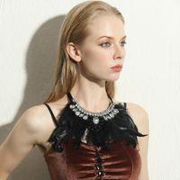 indischer halskettenentwurf großhandel-ZMZY Indian Design Maxi Schmuck Übertreiben Schwarze Feder Aussage Kristall Kragen Halsketten Anhänger Mode Halsketten