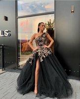 vestido sexy com uma alça venda por atacado-Longo Preto Vestidos de Noite 2019 Sexy Alta Fenda Frisado Lace Ouro One Strap Dubai Árabe Mulheres Formal Vestidos de Noite Vestidos de Baile