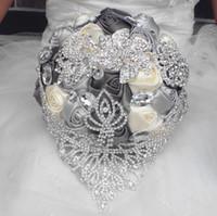 ingrosso bridesmaid hand bouquet-2019 nuovo stile europeo bouquet da sposa fatto a mano artificiale giglio bianco sposa damigella d'onore accessori da sposa decorazione floreale