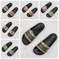 kızlar için süngerler toptan satış-19SS Ace Sneakers flip flop Erkek Tasarımcı Terlik Kadınlar Için Lüks Sandalet Kızlar Moda Scuffs Siyah Beyaz lüks Slaytlar loafer'lar Boyutu 11
