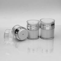luftloses sahneglas großhandel-15 30 50G Perlweißes luftloses Acrylglas Cremetiegel mit silbernem Kragen 15 30 50ML Kosmetische Vakuum-Lotionsglas-Pumpflasche