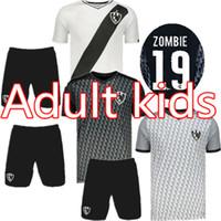zombies hemd großhandel-Herren-Set 2019 2020 Club de Cuervos-Startseite Fußball-Trikot 19 20 Cuervos-Kinder-Kits ZOMBIE TORTU Football Shirts uniform