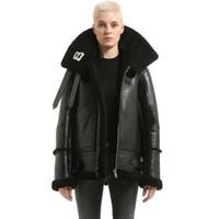 пары кожаные куртки оптовых-Роскошный дизайнер куртка женский лацкан письма логотип мех молния кожаная куртка черные мужчины и женщины пара высокое качество HFWPJK116