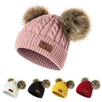 tricotado bebê chapéu bolas venda por atacado-New chapéu do inverno Meninos Meninas de malha Gorros grosso da criança do bebê infantil bonito Cap Bola Cabelo Aqueça Cap Boy Girl Pom Poms Hat Quente