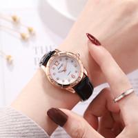 joyas de cuarzo rojo al por mayor-Señoras de la moda coreana correa rosa reloj estudiante luminoso cuarzo reloj de diamantes de imitación pulsera roja joyería regalo personalizado