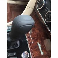 siyah araba sopa toptan satış-MODA Yeni Yumuşak Silikon Kaymaz Araba Vites Topuzu Vites Sopa Kapak Koruyucu Siyah