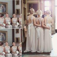 vestido de coral línea de encanto al por mayor-2019 encantadores vestidos largos de dama de honor para la boda País de gasa larga Una línea de vestidos formales sin espalda Partido de encaje modesto vestido de dama de honor