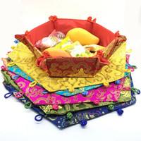 ingrosso decorazione cinese della scatola-Nodo cinese pieghevole scatole di immagazzinaggio di frutta decorazione festa di nozze scatola di caramelle broccato di seta artigianato d'epoca confezione 1pcs