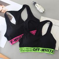kız sütyen yastıkları toptan satış-Marka Yastıklı Spor Sutyen Kadın Kızlar için Spor Salonu Yoga Push Up Mahsul Tops Elastik Çizgili Tank Yelek Tasarımcı Iç Çamaşırı C7301