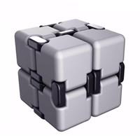 estresse venda por atacado-Infinito Para Cubo 2 Fidget Cubo Anti stress Cuby Neo Spiner Dedo Spinners Mão Para Fora Da Porta de Brinquedo Mágico Cubo Magico Novidade Brinquedos de descompressão