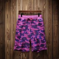 ingrosso pantaloni corti a ginocchio-Pantaloni di lusso Estate Shorts Mens di marca della spiaggia con i pantaloni di marca Shark Pantaloncini Camouflage lettere di modo di lunghezza del ginocchio allentato Pant M-XXL