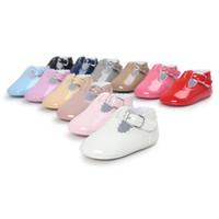 ingrosso scarpe da bambino brevettate-Vestito per bambini Vestito principessa Scarpe stivali PU infantili Ragazzi bambini Pelle verniciata Baby First Walkers B11