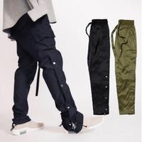 pantalons de survêtement achat en gros de-Peur de Dieu Nouveau Pantalon Cheville-Zip Boutons Côté Pantalons de survêtement décontractés Kanye West Bas Hip Hop Hommes Pantalon de survêtement cargo vert armée noire MQI0506